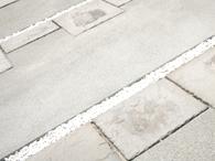 コンクリートの白華現象